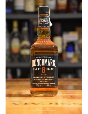 BENCHMARK BOURBON WHISKEY 8 Y CL.70