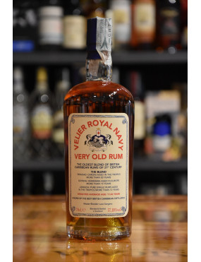 VELIER ROYAL NAVY VERY OLD RUM CL.70